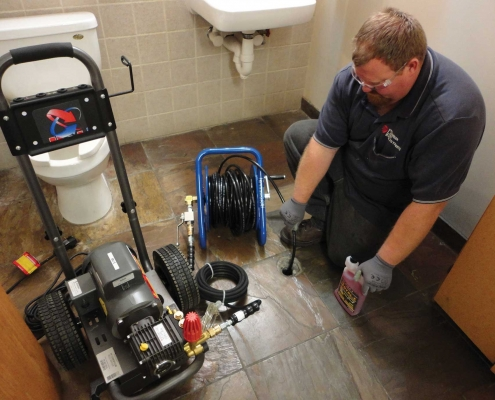 Hot Jet USA Electric Jetter in action